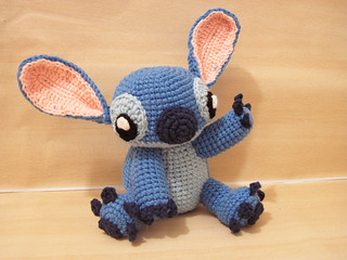 Amigurumi Stitch Tutorial : Ravelry amigurumi stitch from lilo and stitch pattern by sweet n
