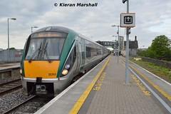 22053+22007 at Portlaoise, 16/5/16 (hurricanemk1c) Tags: irish train rail railway trains railways irishrail rok rotem portlaoise 2016 icr iarnrd 22000 22053 ireann iarnrdireann 3pce 1825heustonportlaoise