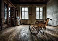 TV and Chill (hpd-fotografy) Tags: urban abandoned vintage germany dark lost scary decay wheelchair rusty eerie henriette haunted spooky forgotten urbanexploration rotten derelict hdr retirement urbex altenheim lold houseofwheelchairs