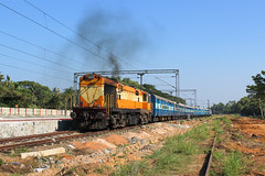 Kannur intercity (Akhil Sanjeev) Tags: railroad train outdoor rail kerala vehicle locomotive trainspotting ers alco indianrailways railfanning cherthala wdm3a