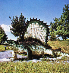 Dimetrodon (Tom Simpson) Tags: tourism statue vintage virginia dinosaur souvenir roadside winchester dinosaurs attraction dimetrodon whitepost dinosaurland