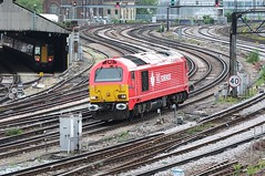 Come To Collect (crashcalloway) Tags: london train diesel southern locomotive railways pimlico southeastern londonvictoria class67 67018 dbschenker keithheller grosvenorbank