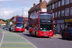 IMGP3110 (Steve Guess) Tags: uk england bus london buses quality united broadway surrey line 400 gb surbiton wright gemini epsom coaches enviro tolworth