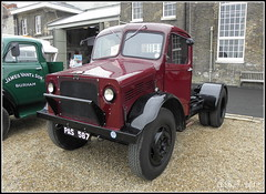 Bedford Tractor Unit (Alan B Thompson) Tags: transport picasa olympus chatham medway 2012 sp590uz