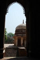 Arch & Dome (Let Ideas Compete) Tags: world new india heritage monument delhi monuments qutub newdelhi qutab mehrauli indianculture