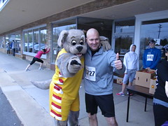 Beech Brook (35) (Moondog Mascot) Tags: 100k moondog cavaliers beechbrook 04222012 fleetfeetsports5k