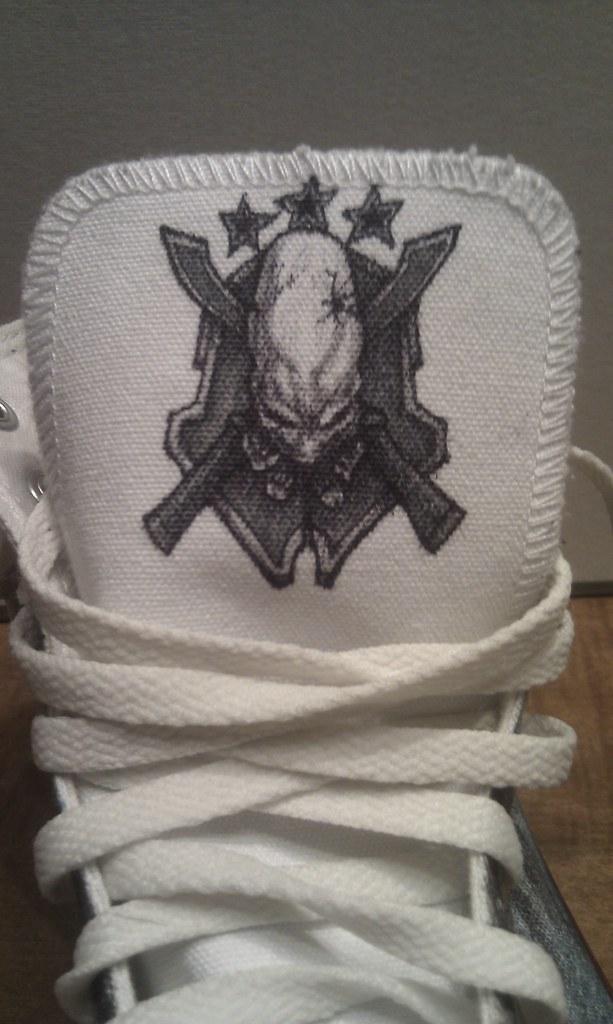 7a30fc74ce27be Halo (fallonkeegan) Tags  shoes halo legendary converse sharpie custom  sharpies