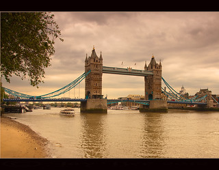Sur le pont.........