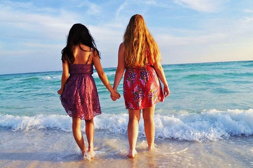 "Megan and Maria in Destin, Florida • <a style=""font-size:0.8em;"" href=""http://www.flickr.com/photos/80193633@N06/7445403120/"" target=""_blank"">View on Flickr</a>"