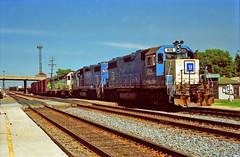 BN LV 2 8-3-96 (eyepilot13) Tags: railroad illinois 1996 trains berwyn bnsf locomotives 826 785 gp382 sd9 1525 lavergne 6246 gp28m emdx
