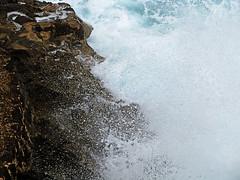 Wave (Andrew Gustar) Tags: sea nature rock surf wave spray foam vicente mallorca cala calasanvicente t189522012week27