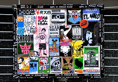 HH-Sticker 911 (cmdpirx) Tags: urban streetart color colour art ink cat cutout painting fun one graffiti stencil sticker paint fat glue hamburg humor vinyl super can spray trading painter hh jonas creature farbe sfc hallo reus aufkleber karlo kleber nass tona schablone strassenkunst ragtag shye spm kingdrips sladge klebchen