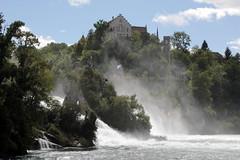 Schloss Laufen ( Chteau / Castle ) und der Rheinfall ( Wasserfall / Waterfall ) des Rhein bei Neuhausen am Rheinfall im Kanton Schaffhausen und Zrich in der Schweiz (chrchr_75) Tags: castle river schweiz switzerland waterfall europa suisse wasserfall swiss august slap reno christoph svizzera schloss fluss rhine cascade rhein chteau strom rin rijn 2012 cascada  1208  waterval suissa  vattenfall rhin vodopd chrigu wodospad vandfald rhenus chrchr hurni chrchr75 chriguhurni albumwasserflle august2012 burgenundruinen chriguhurnibluemailch albumrhein hurni120826 albumwasserfllewaterfallsderschweiz albumschlsserkantonzrichzrizrichkantonzrichschlosscastlechteaucastellokasteelcastillomittelaltergeschichtehistorygebudebuildingarchidekturalbumschweizerschlsser schlosschteaucastlealbumschweizerschlsser albumschweizerschlsserburgenundruinen albumzzz201208august