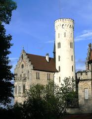 Schlo Lichtenstein 5a/11 (AnnAbulf) Tags: bw torre schloss turm castello lichtenstein badenwrttemberg schwbischealb honau schlos schlosslichtenstein schlosburg schloslichtenstein