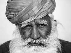 Encounter at Meherangarh Fort, Jodhpur - Rajasthan (adde adesokan) Tags: old portrait india man hair beard fort olympus turban omd meherangarh em1 opop