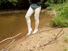 IM005476 (hymerwaders) Tags: white wet boots thigh overknee pvc nass stiefel weis