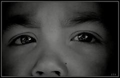 world in my eyes (edu_izu) Tags: bw eyes ojos mirada
