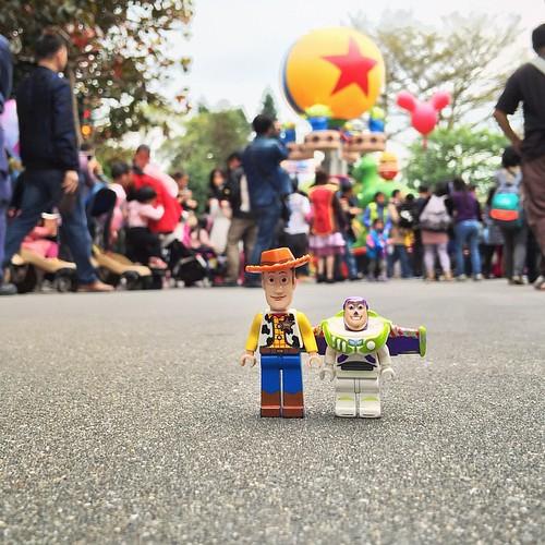 Disney FLIGHT of FANTASY Parade #picoftheday #photooftheday #lego #legominifigure #cute #instatoy #minifigure #disney #disneyland #hkdisneyland #disneyparade #toystory
