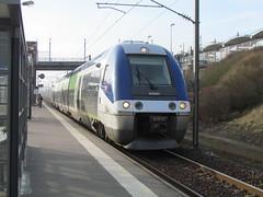SNCF X76627/28 at Calais Frethun