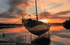 Voilier dans le levant . (yannrichard170) Tags: sunset sea mer seascape sunrise landscape boat brittany sailing bretagne reflet coastline bateau paysage voile couchant voilier levant finistre coque aube littoral yacthing