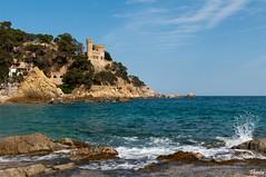 Lloret de Mar (Gatodidi) Tags: barcelona costa landscape atardecer mar agua nikon juan paisaje girona cielo nubes catalunya sant brava castillo catalua rocas lloret d90 paisatje