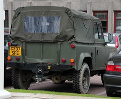 C337 SFE (Nivek.Old.Gold) Tags: army diesel rover land 1986 90 softtop 2500cc