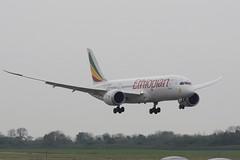 ET-ASG B787-8 Ethiopian (eigjb) Tags: ireland dublin plane airplane airport aircraft aviation transport jet may international boeing airlines spotting airliner ethiopian 787 2016 b787 dreamliner 7878 collinstown eidw etasg
