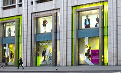 UK 2015 424 (Visualstica) Tags: city uk greatbritain inglaterra england urban london unitedkingdom ciudad harrods stadt londres gb urbano reinounido granbretaa