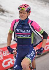 (Andrea Zille) Tags: ciclismo ritratti volti giroditalia espressioni colledellagnello 99tappagiroditalia