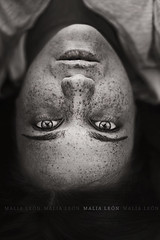 The beyond (Malia Len ) Tags: portrait face self canon retrato cara cambio beyond strain extraa pecas vidente masalla malialeon