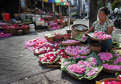 Pasar Kembang / Flower Market (open 24 hours a day) Solo (Surakarta) City (ARIAMAN) Tags: indonesia java market solo jawa seller pasar surakarta pasarkembang pasarkadipolo