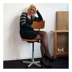 My Muse's hot legs (YobeK) Tags: mijnmuze mymuse blonde eyesblue stoer strong foxylady yobekakajohankuhlemeier lekker nice
