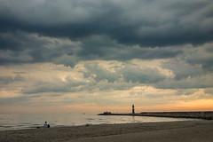 light (beginner17) Tags: warnemnde strand mole leuchtfeuer leuchtturm hafeneinfahrt ostsee balticsea sonnenuntergang wolken unwetter gewitter regen abendlicht sony rx100 rx 100
