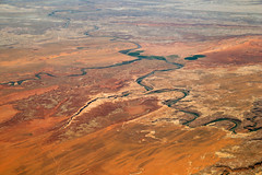 2016_06_02_lax-ewr_465 (dsearls) Tags: river utah flying desert aviation united country canyon aerial erosion rivers geology ual canyons arid aerialphotography jurassic stratigraphy unitedairlines windowseat windowshot weathering 20160602