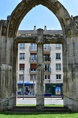 Ancient and modern (alcowp) Tags: street city france architecture rouen normandie archway normandy
