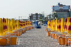 farbig (grasso.gino) Tags: italien italy beach strand umbrella nikon italia colours farbe marche marken fano sonnenschirm d5200