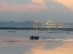 dusk at Lake Dal, misty and myterious (PsJeremy) Tags: lake misty boat silhouettes mosque dreamy kashmir srinagar dalelake