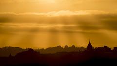 Magical Sunset. (David S. Daz) Tags: sunset sol de torre pentax colores silueta puesta magical figuras ocaso rayos bruma contorno lejania calidez