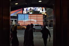 _8D05158 Kopie (meistermacher) Tags: newyork usa flag street flickrsbest flickrelite flickr flickraward flickrdiamond flickrphotowalk flickrtravelaward dirkfietzfotografie timessquare aflickrexplorephoto theunforgettablepictures wow dirk fietz fotografie