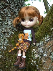 Mina loves mossy trees