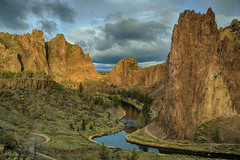 Enlightenment (NW Vagabond) Tags: morning light oregon sunrise river dawn crooked smithrock 2013 scurves