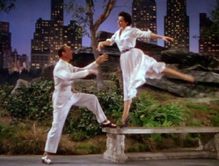 Fred Astaire, Cyd Charisse - ''Dancing in the Dark'' from ''The BAND WAGON''  1953