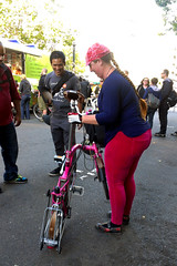 Lacey and her Brompton (citymaus) Tags: pink ladies girls oakland women bikes bayarea eastbay foldingbike brompton hotpink cyclechic