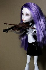 violinist (Senseless Cactus) Tags: monster high ooak spectra ghoulia