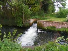 rushing (Martha-Ann48) Tags: old mill water pond lock bubbles restored disused cascade driffield splashing wansford naviagtion