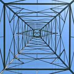A52 (Leading lines) Power Tower (Scoutdogs (Chris)) Tags: leadinglines powertower assignment52202013