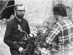 Usson du Poitou - Rock and Ras l'bol (gueguette80 ... Définitivement non voyant) Tags: moto 1980 samara août ancien poitou usson rassemblement popol