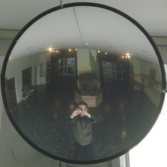 (jili'm) Tags: self circle mirror squaredcircle squared
