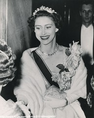 Princess Margaret arrives at opera (romanbenedikhanson) Tags: tiara necklace coventgarden eveninggown 1953 princessmargaret gloriana originalphoto largeroses operaperformance