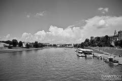 Wisla (Daniele Salutari) Tags: city sky cloud white black clouds wow river boats photography boat photo amazing cool fantastic shoot foto shot good great poland krakow capture dannyboy cracow 2013